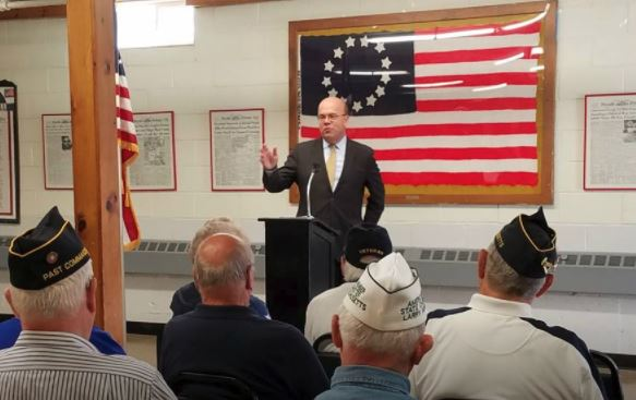McGovern Presents Medals to Leominster Veterans, Military Families